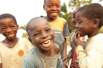 Хуманитарната програма Share the sun